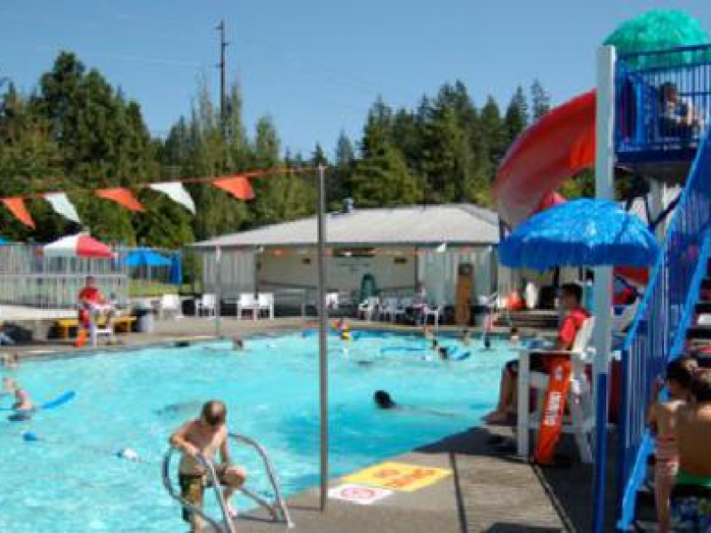 Cottage lake park pool is open woodinville wa patch for Lake district cottages with swimming pool