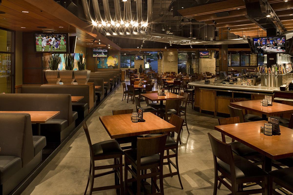 The 10 Best Springfield Restaurants 2017 - TripAdvisor
