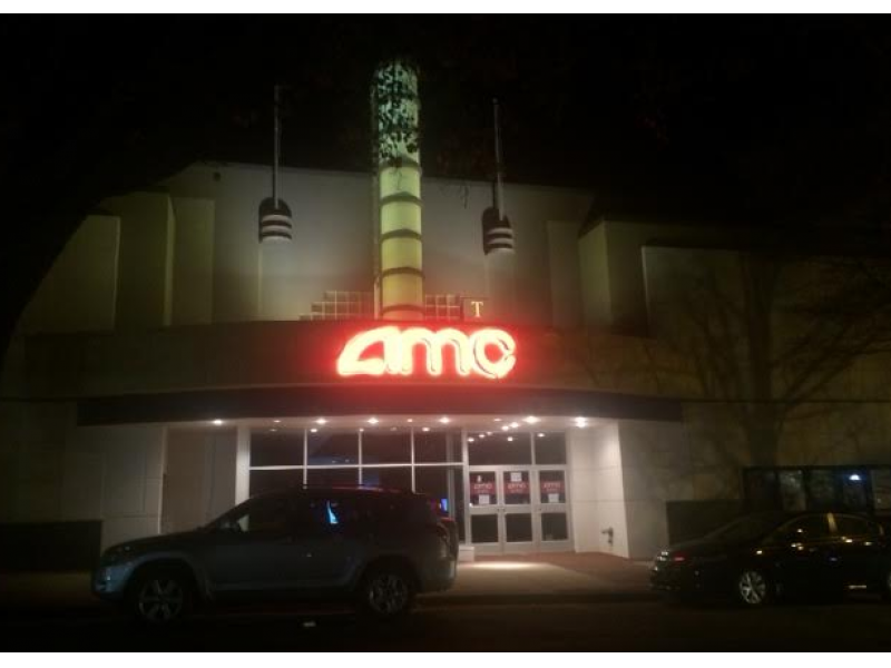 shirlington movie theater reopens after renovations