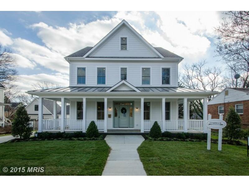 Arlington 'WOW' House: American Farmhouse with Au Pair Suite ... American Farmhouse