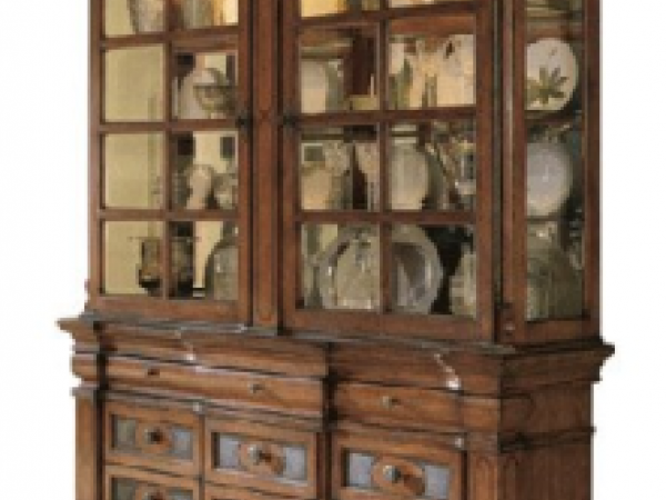 Ashley 39 lacey 39 dining set and buffet china cabinet for for Dining room hutch for sale