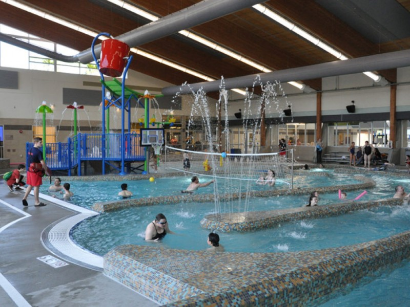 Great Escape Beat The Winter Blahs At Lynnwood 39 S Indoor Waterslides Kirkland Wa Patch