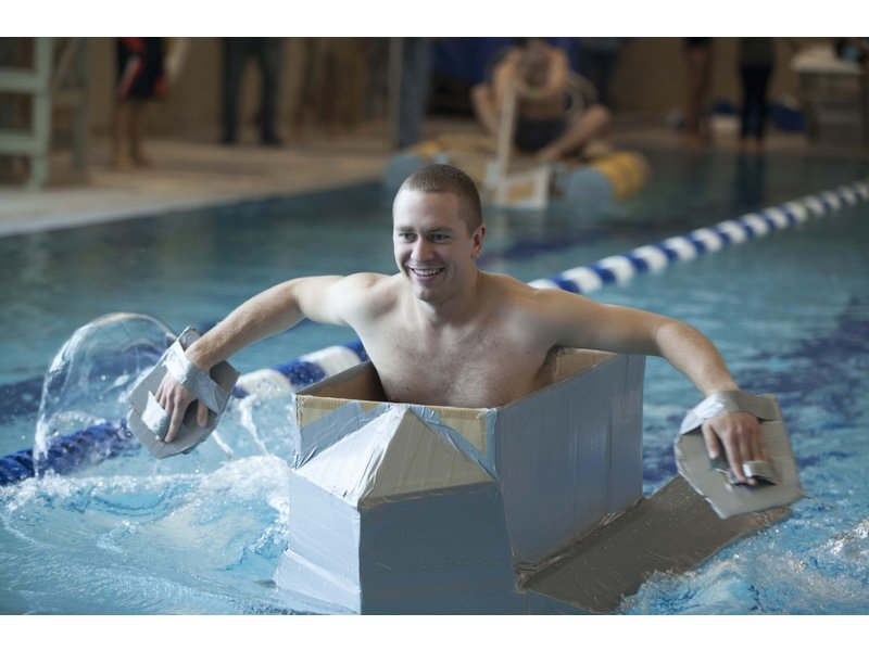 Cod Engineering Club Hits The Pool To Float Their Boats