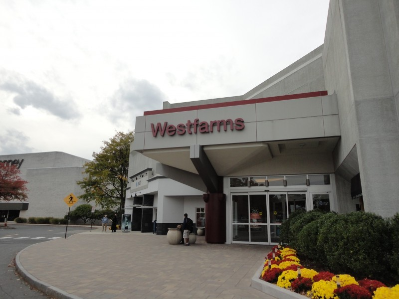 Westfarms Mall. Westfarms Mall. Farmington, CT () WHAT'S HAPPENING IN OUR STORES. Store Events. Farmington, CT Furniture Store. Pottery Barn offers a unique shopping experience for anyone looking to put the finishing touches to any room in their home. When you shop Pottery Barn you are getting a product that cannot be.
