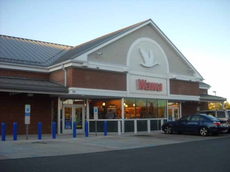 SEE IT: Naked woman walks into busy New Jersey Wawa store