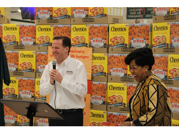 Cherry Hill Shoprite Employees 39 Faces To Appear On Cheerios Boxes Cherry Hill Nj Patch