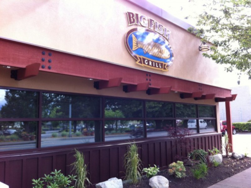 Big fish grill is ready to feed woodinville woodinville for Big fish restaurant