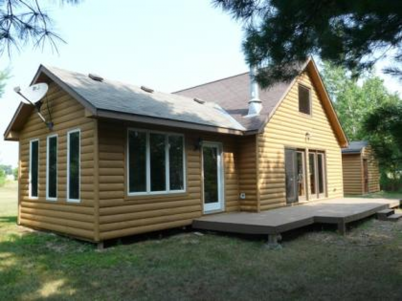 Cabin for sale in western wisconsin lafefront on poquette for Minnesota lake cabin for sale