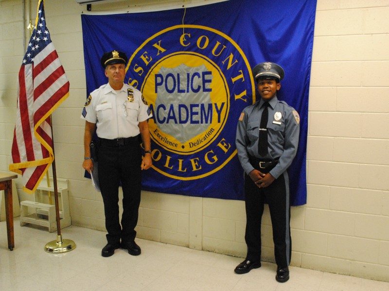 Five From Maplewood Graduate From Auxiliary Police Program