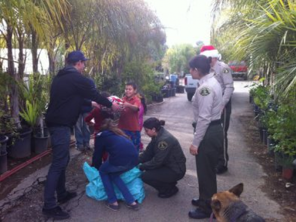 Lake Elsinore Sheriff's Station Collecting Toys To Support ...