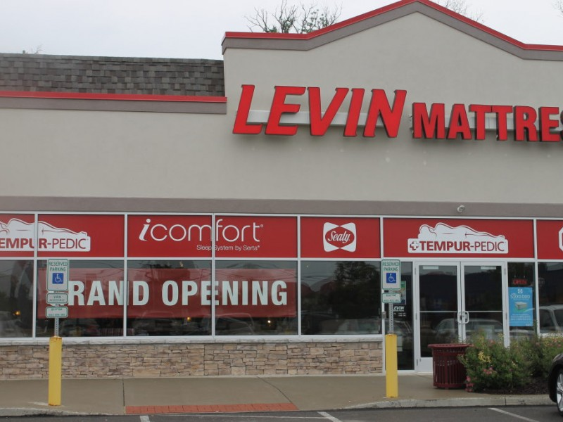 Levin Mattress Store Opens in Cranberry