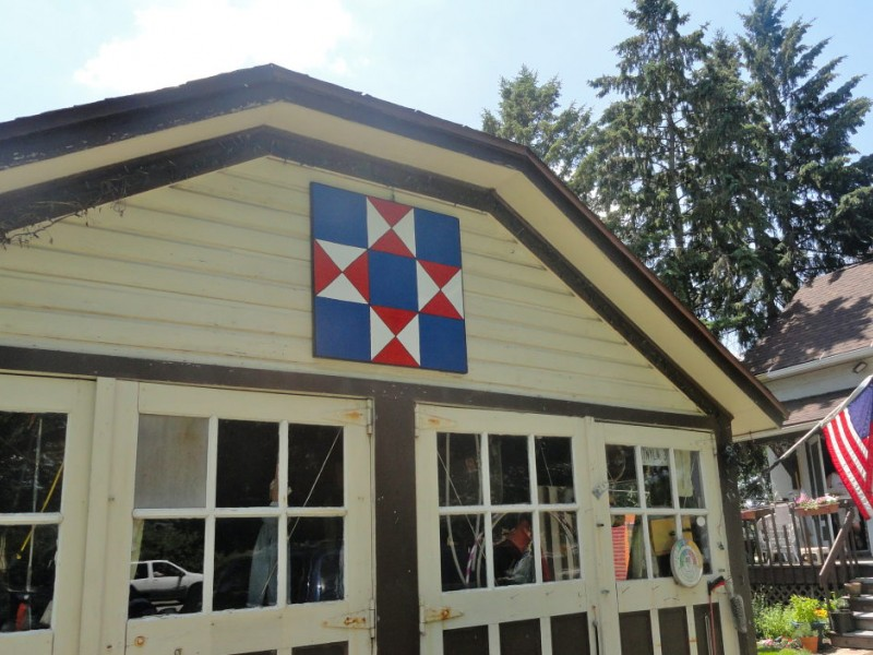 Barn Quilts Herald in the Northern Illinois Quilt Fest ...
