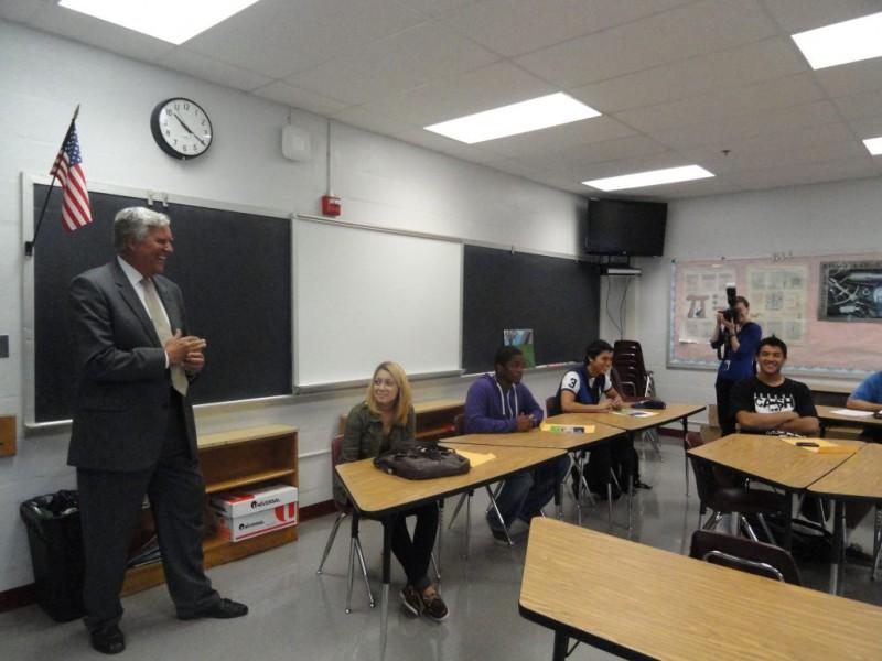 Back To School Fairfax Superintendent Visits Bryant Alternative High 0
