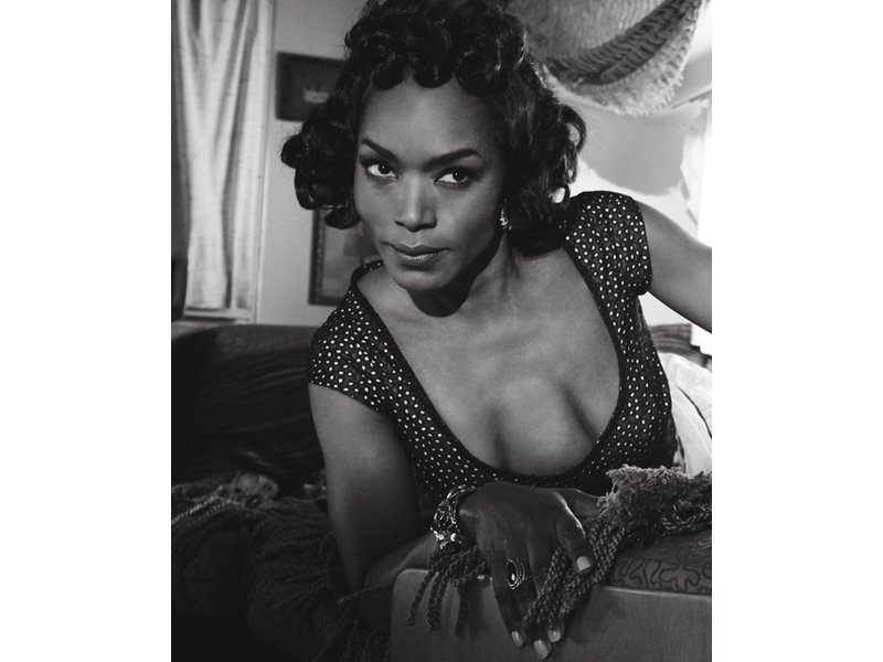 St Pete Native Dons 3 Breasts For American Horror Story
