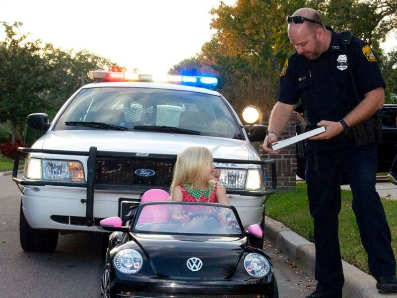 Cop Teaches Adorable Tot Rules Of The Road - New Tampa, Fl -2663