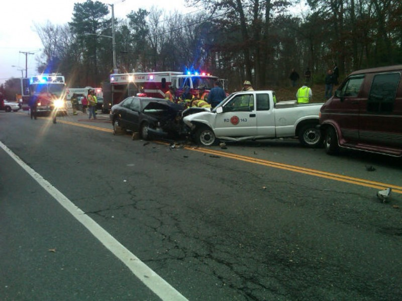 Four Vehicle Crash Closes New Hampshire Hospitalizes Five