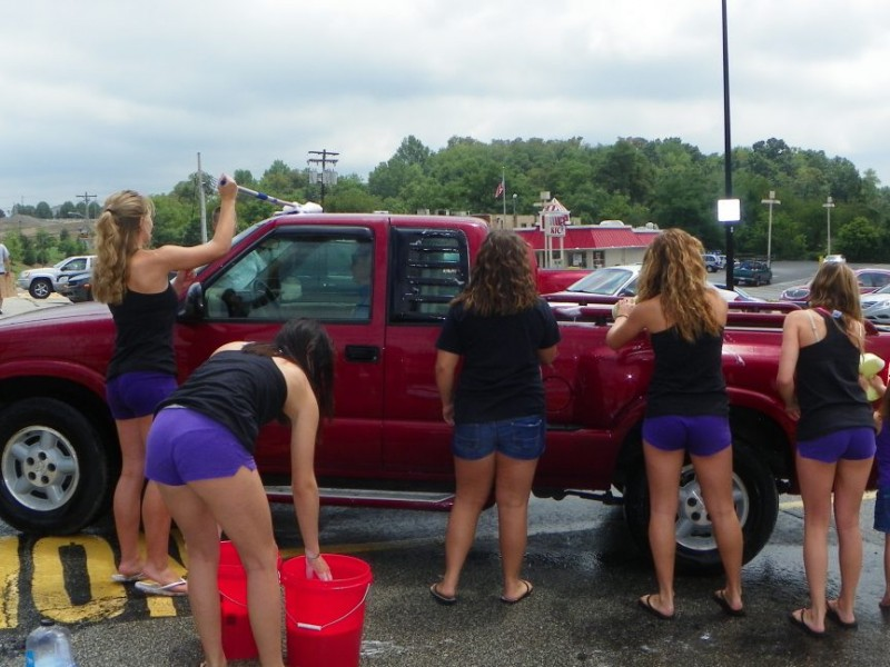 Photos Baldwin Cheerleaders Car Wash In Bethel Park -2056