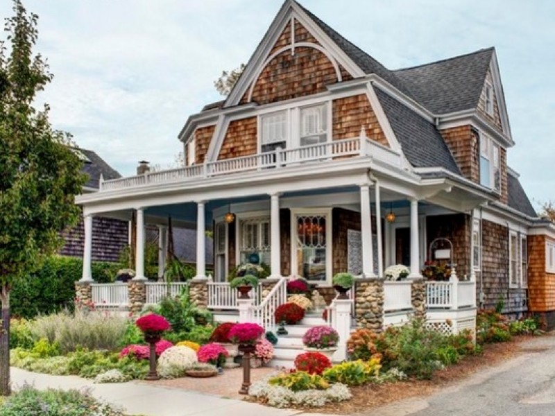 wow house: 'one of greenport's most beautiful homes, on desirable