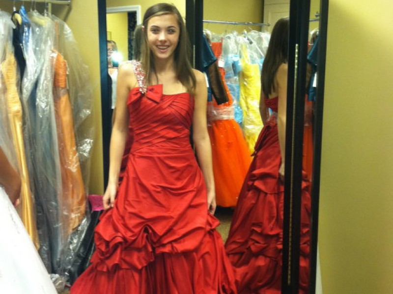 The Prom Excursion: Finding the Perfect Dress - Macomb Township ...
