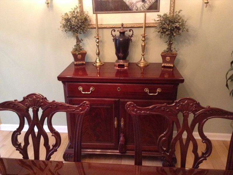 Thomasville Mahogany Dining Room Set