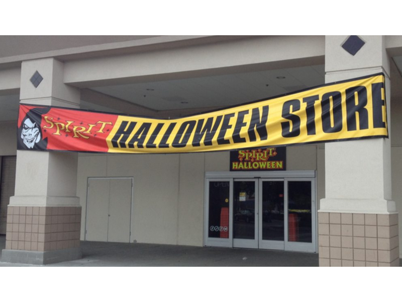 sprouts shudders spirit halloween store opens in white plains - Ny Halloween Store