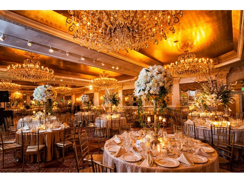 The garden city hotel hosts first ever wedding week for Unusual wedding venues nyc