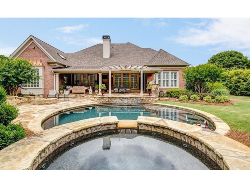Wow House 2 Story Traditional On The River Features Putting Green