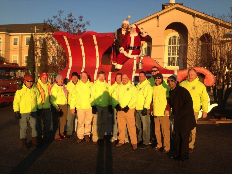 Exchange Club Prepares For Annual Christmas Parade - Cartersville ...