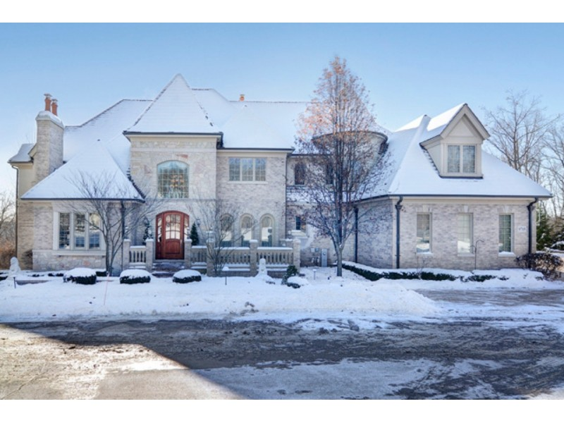 Two Gourmet Kitchens, Suite Bedrooms, Walkout Lower Level 0 ...