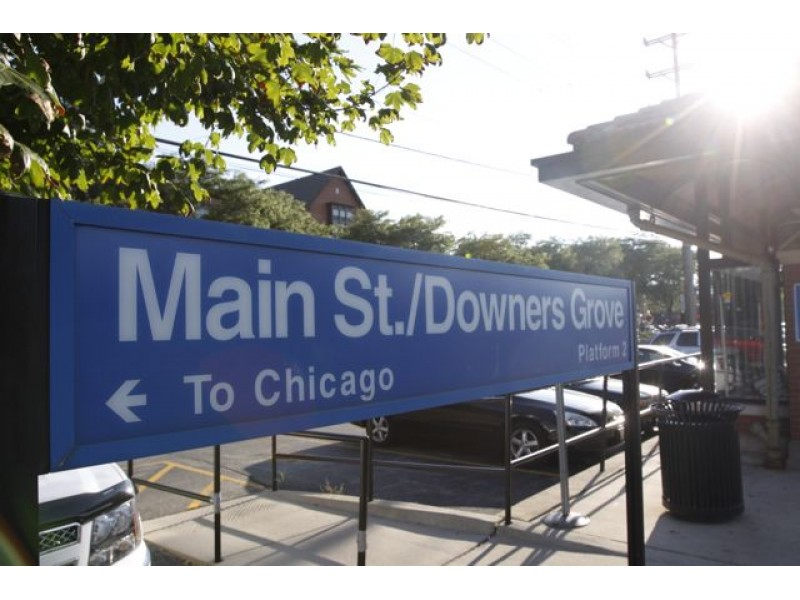 patch grove men Downers grove patch 51k likes  when she went to investigate, she was confronted by four men who demanded money and cell phones — and they also stole her car.