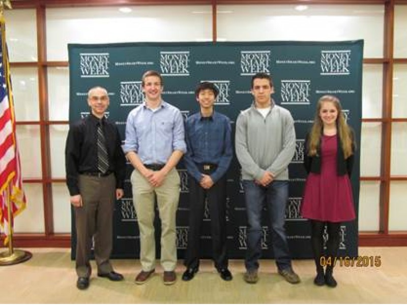 Hinsdale South Economics Team Earns Three, Top 10 Spots at Illinois Econ Challenge