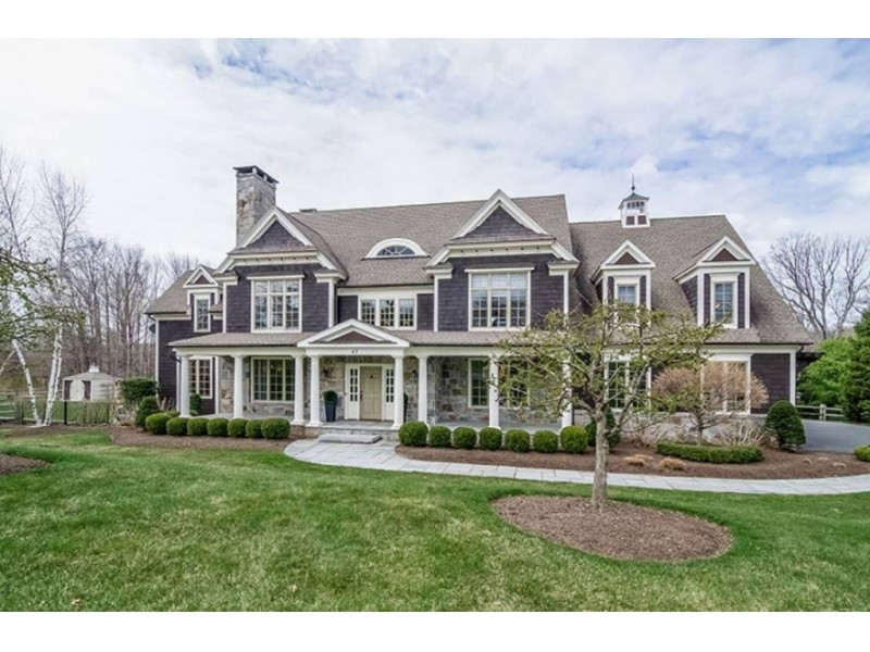 west hartford wow house offers more than 6 000 square feet