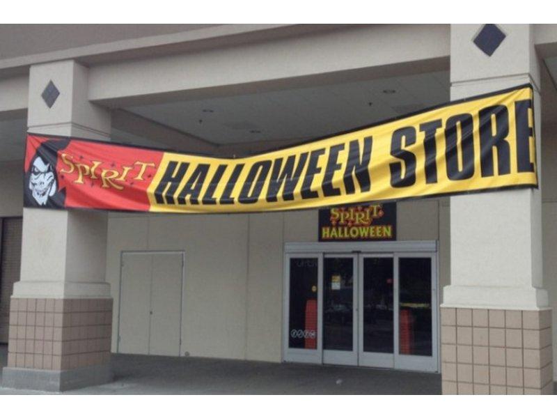 sprouts shudders spirit halloween store open in woburn - Spirit Halloween Medford Ma