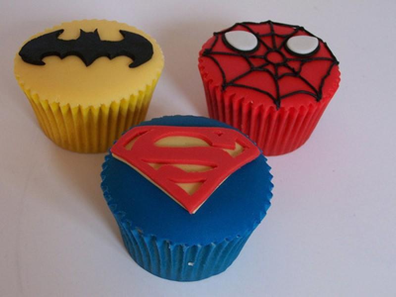Superman Muffin Birthday Cake