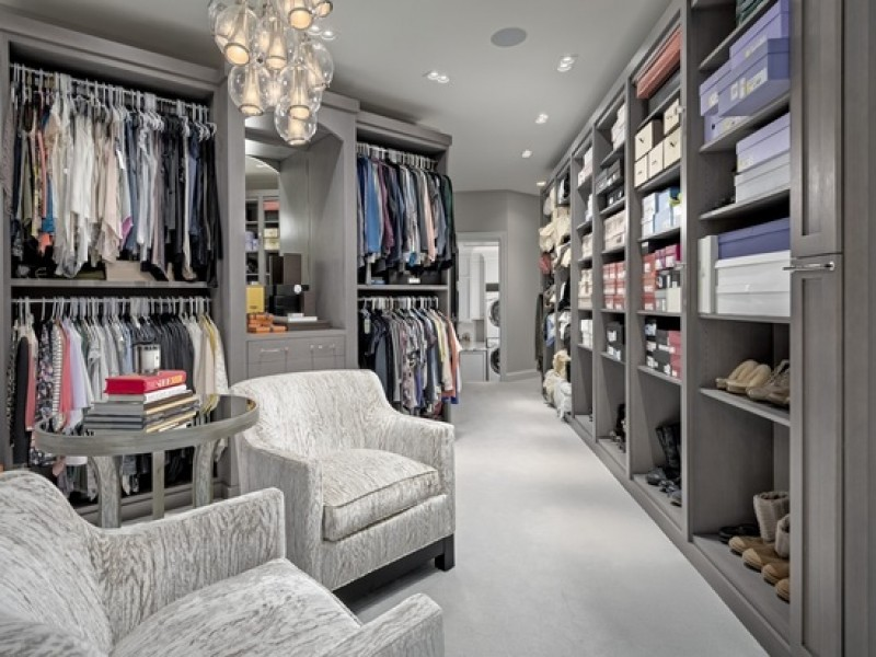 Wow House Massive Walk In Closets Home Theater 7