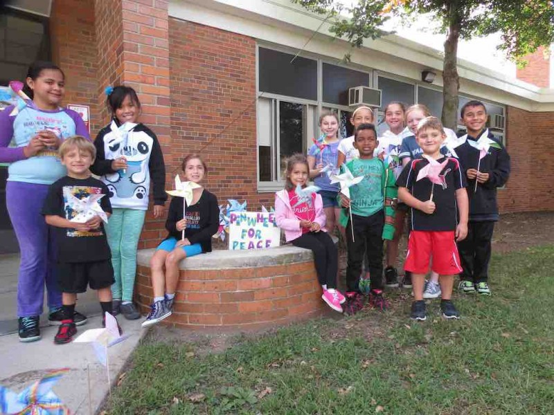 Bowling green students celebrate international peace day - Garden city union free school district ...