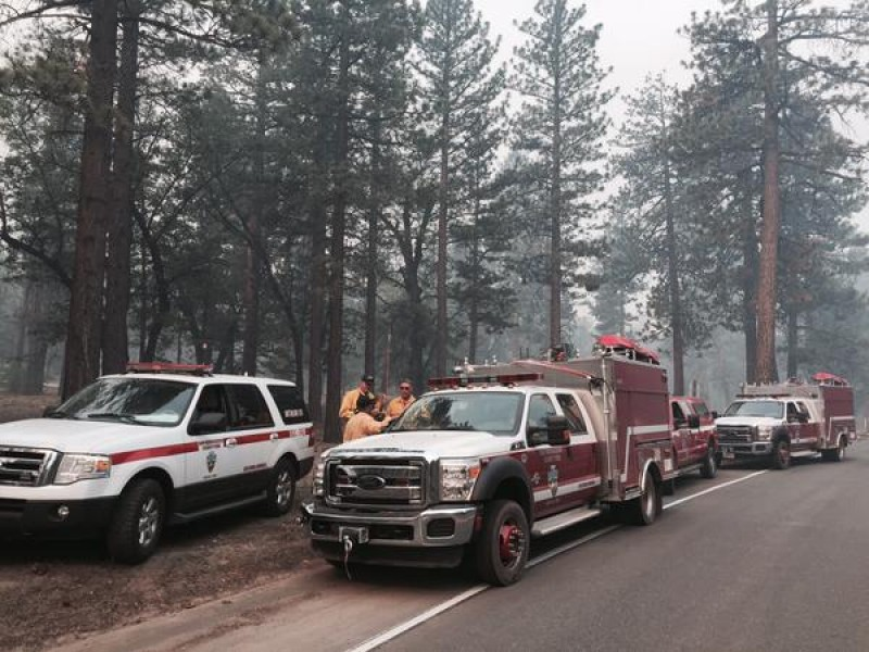 lake fire 10 percent contained with 15 000 acres charred. Black Bedroom Furniture Sets. Home Design Ideas