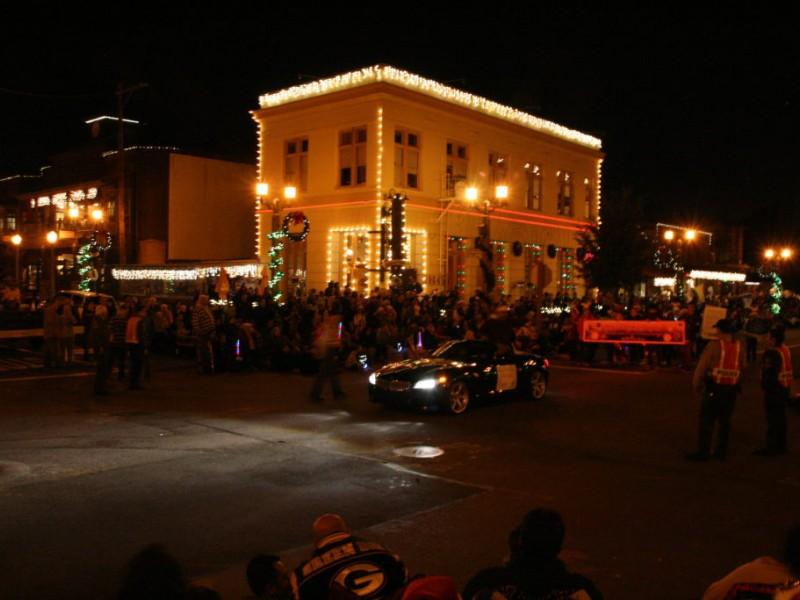 PHOTOS: Holiday Parade Lights up Old Town Temecula - Temecula, CA ...