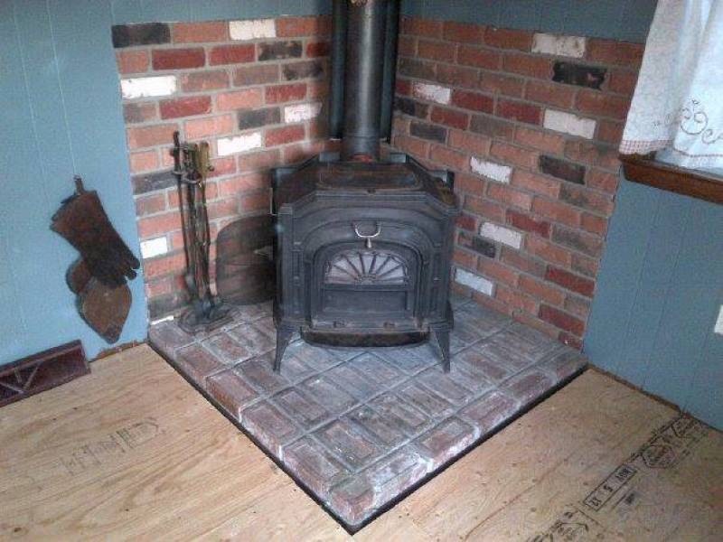 Vermont Castings Resolute Wood-Burning Stove $450 - Vermont Castings Resolute Wood-Burning Stove $450 - Coventry, RI Patch