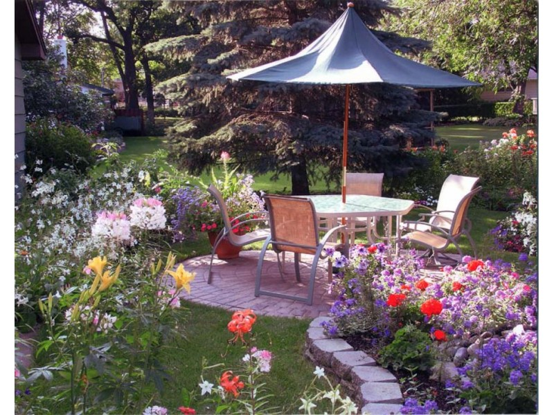 Patio Town And Villa Landscapes Will Be At The Hopkins And Blaine Home  Shows This Weekend