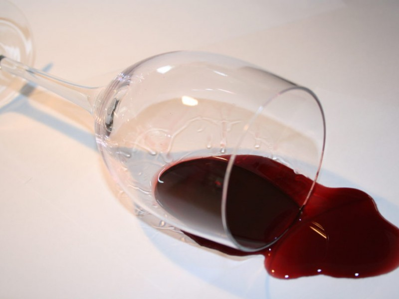Home Remedy Solutions To Clean Up Unfortunate Red Wine