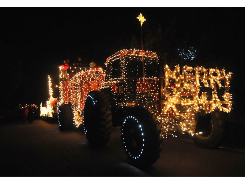 Lighted Tractor Parade Rides Through Howard County - Ellicott City ...