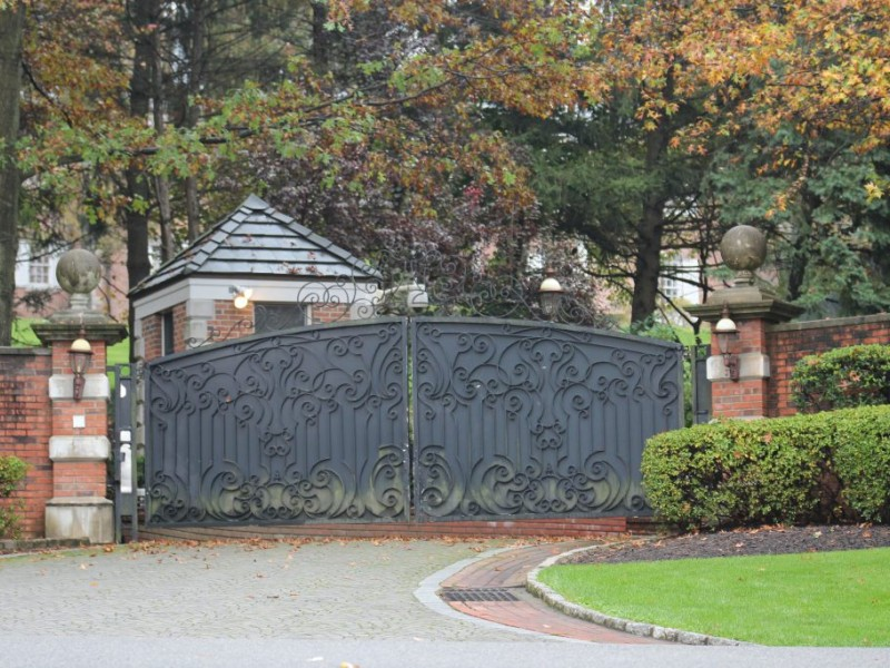 Eddie Murphy's Englewood Mansion Sells for $10.4M ...