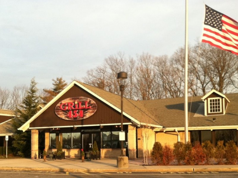 Grill 454 Closes On New Year 39 S Day Commack Ny Patch