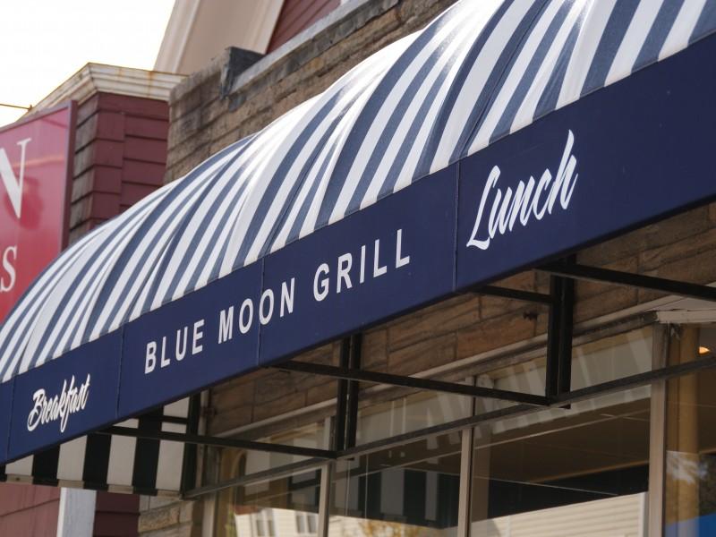 Blue Moon movie times near 77388 (Spring, TX) | local ...