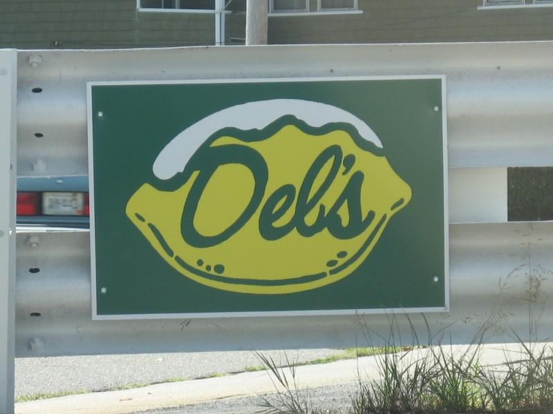 Del S Accuses Deb S Lemonade Of Infringement Cranston