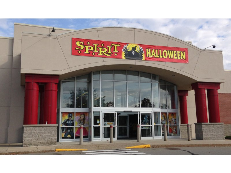 The Spirit Halloween World Who We Are. With around 1, stores open across the United States and Canada for the Halloween season, Spirit is the largest Halloween store franchise in the nation. Open since , Spirit Halloween offers a unique, frightfully fun experience unlike any other stores in .