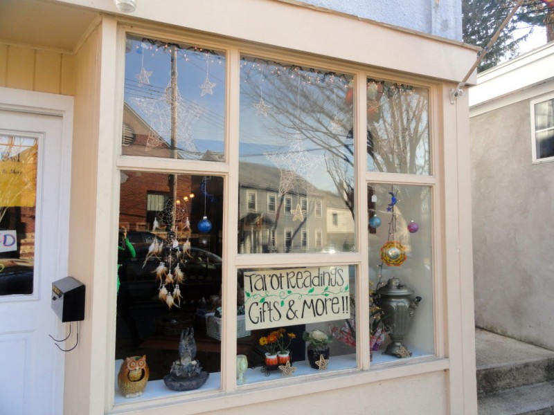 Westchester medium opens new shop scarsdale ny patch for 10 dobbs terrace scarsdale