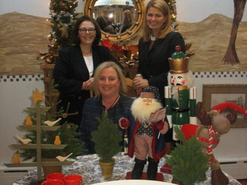 Fairfield Christmas Tree Festival Names 2011 Beneficiary