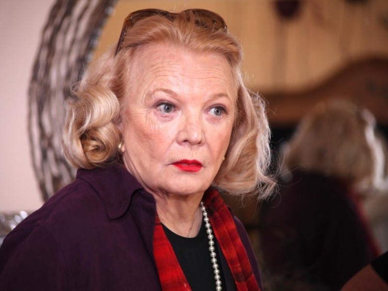 Hollywood On Fairmount Actress Gena Rowlands Filming In